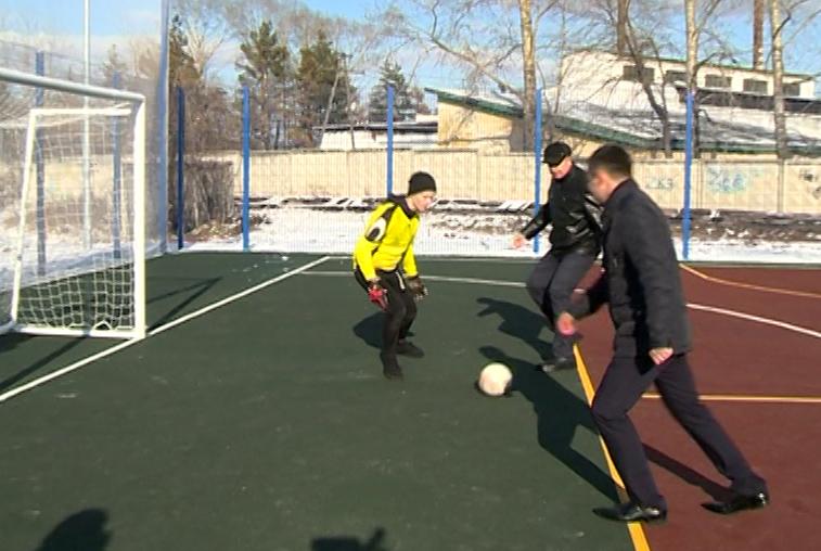 Современную спортивную площадку открыли в Завитинске