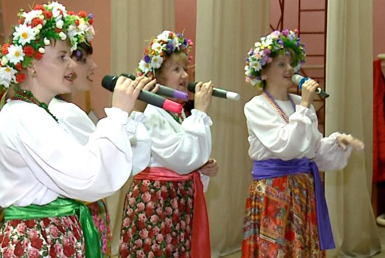 Ансамбль народной песни «Ярмарка» из Белогорского района отметил 20-летие
