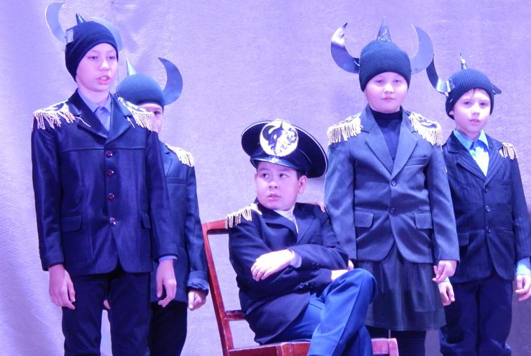 Театральный конкурс в Мазановском районе посвятили теме экологии и революции