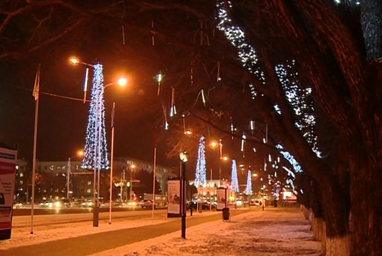 Благовещенск украсят более двух тысяч светодиодных снежинок