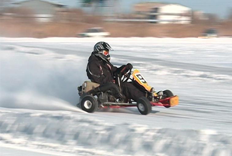 Амурские картингисты вышли на трек, несмотря на мороз и ветер