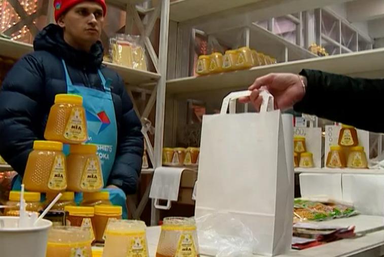 Амурские пасечники хотят накормить своим мёдом центральную Россию и страны Азии