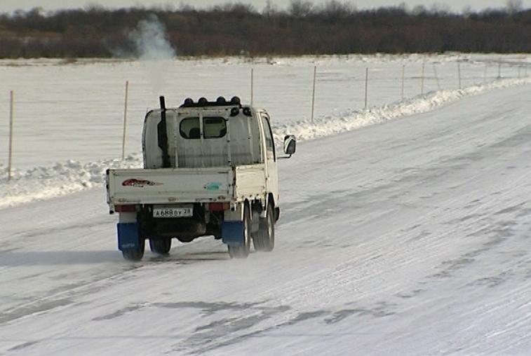 Ледовую переправу открыли на реке Зея в Шимановском районе