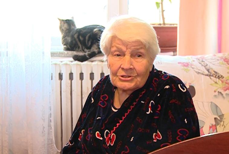 Одиноких пенсионеров с Новым годом поздравили благовещенские активисты