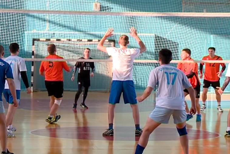 В розыгрыше областного Кубка по волейболу участвовали только благовещенцы