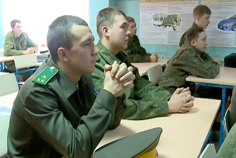 Выпускники казачьего колледжа могут попасть в армию по контракту