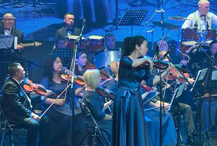 Мировые шлягеры исполнил сводный оркестр Благовещенска и Хэйхэ