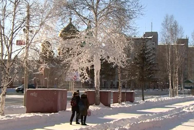 Сильные морозы Тында переживает без происшествий