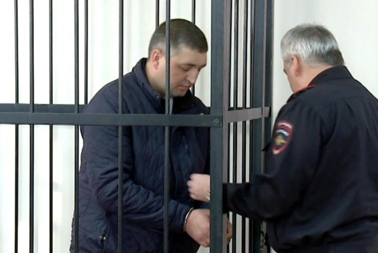 Условного наказания просит таксист, сбивший студентов в Благовещенске