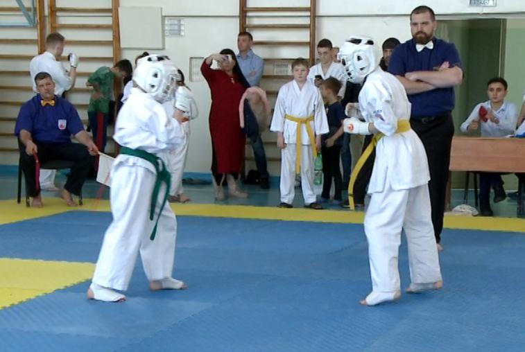 В Благовещенске состоялись отборочные соревнования по киокушинкай-каратэ