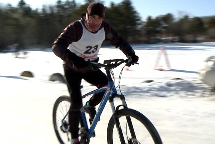 Рекордное число амурских спортсменов поучаствовали в турнире по зимнему триатлону