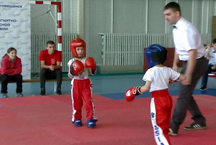Больше сотни участников собрал дальневосточный турнир по кикбоксингу
