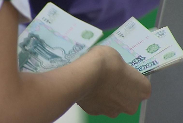 В амурских магазинах можно будет снять деньги с карты
