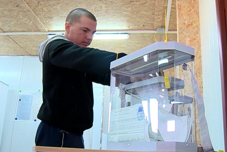 Строители газопровода в Приамурье досрочно проголосовали на выборах Президента