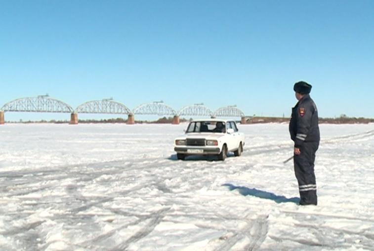 Специалисты ГИМС предупреждают амурчан об опасности выхода на тающий лед