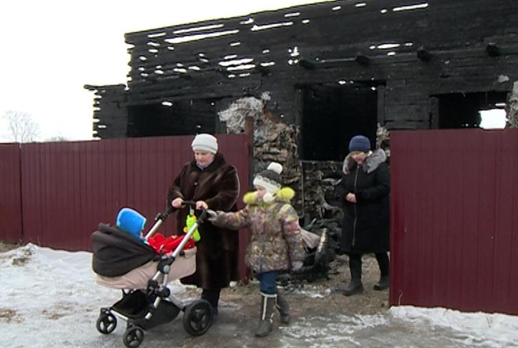 Многодетная семья из Тамбовского района осталась без крова после пожара