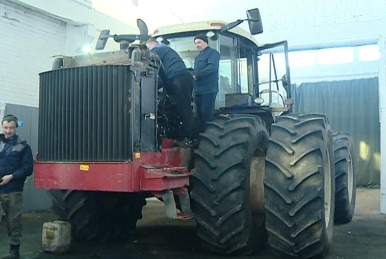 Амурские аграрии завершают подготовку техники к посевной