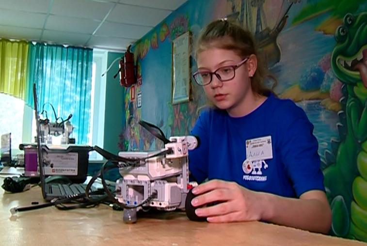 «Люди Икс»: юные робототехники представили свои проекты на профильной смене