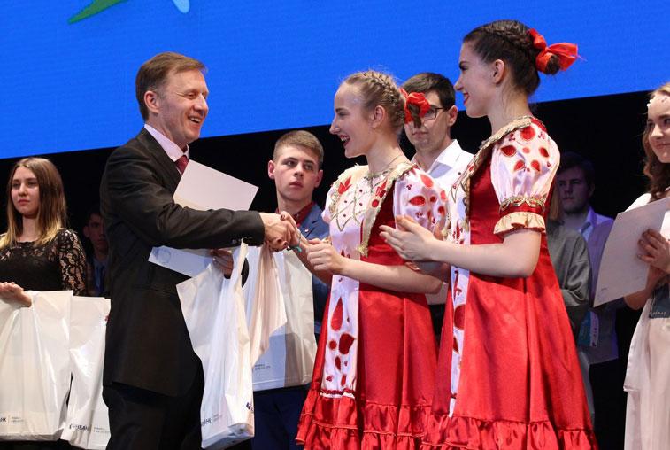 АмГУ «забрал» 14 наград регионального этапа фестиваля «Российская студенческая весна»
