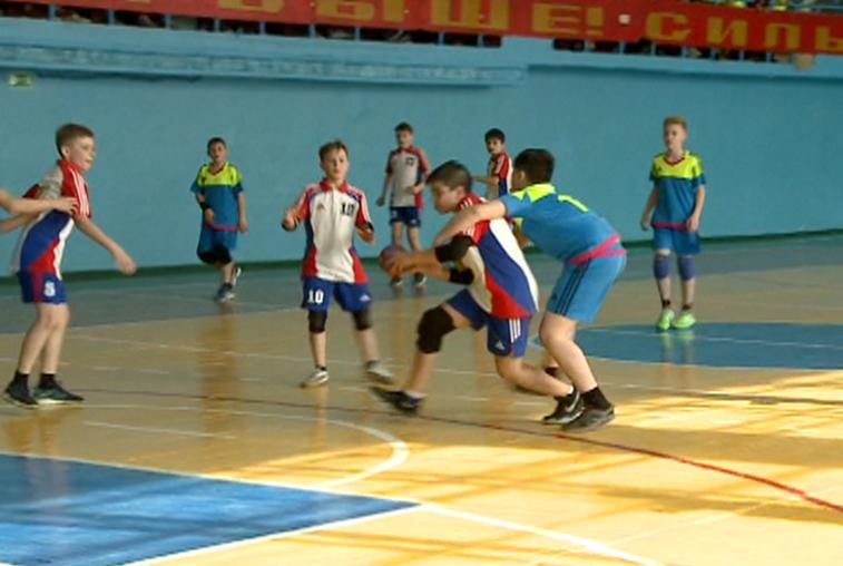 Зея приняла дальневосточный турнир по гандболу