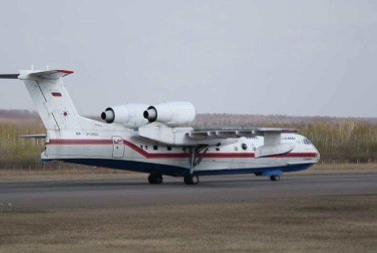 Самолет-амфибия Бе-200 поможет в тушении природных пожаров в Приамурье