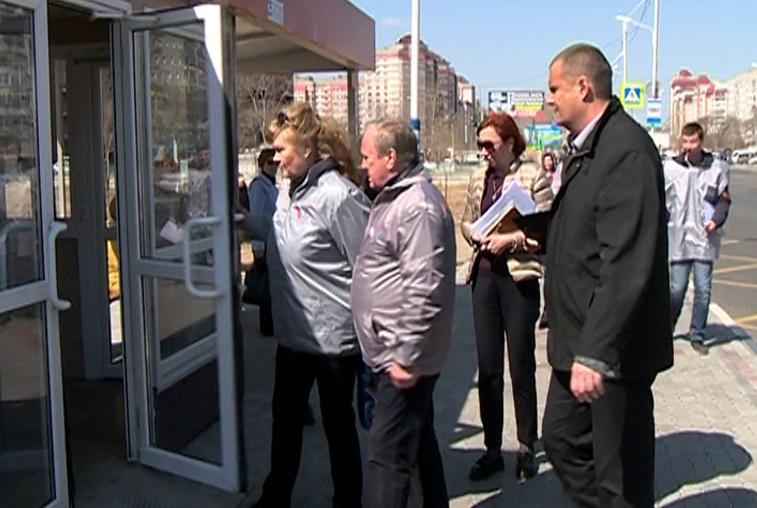 Автобусные остановки в Приамурье инспектируют активисты Народного фронта
