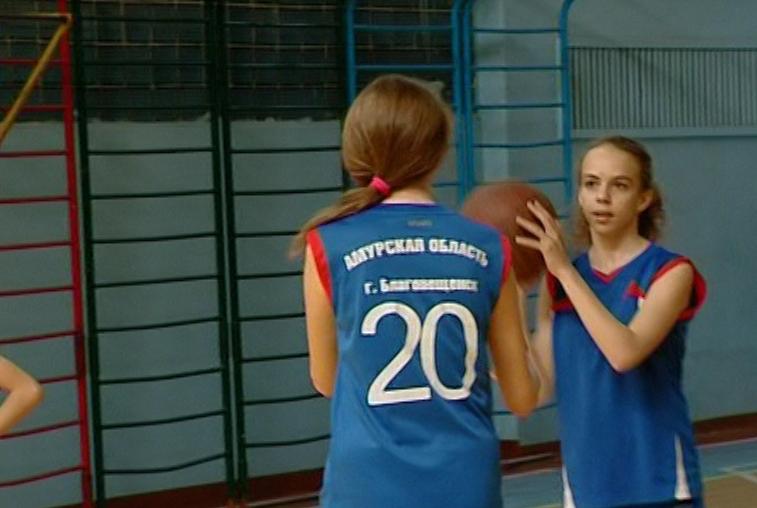 В Благовещенске прошел этап «Президентских спортивных игр» среди школьных команд