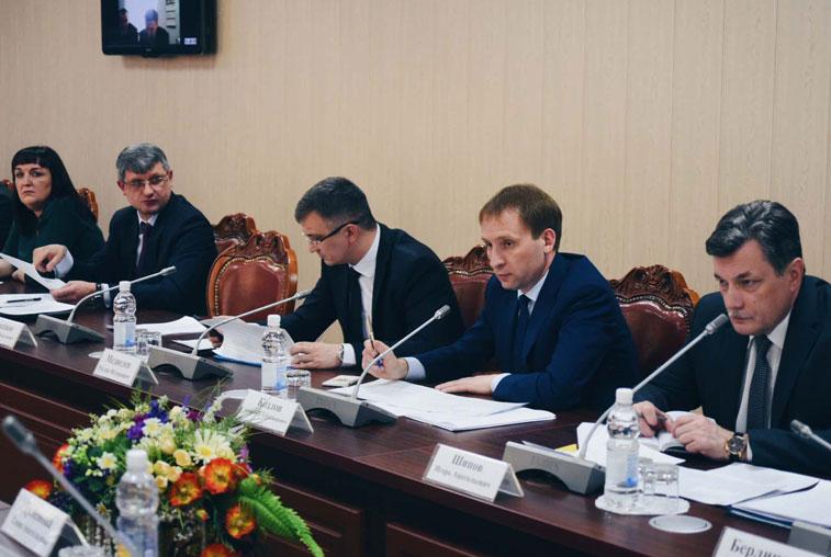 Амурские предприятия за неделю погасили более 4 млн рублей долгов по зарплате