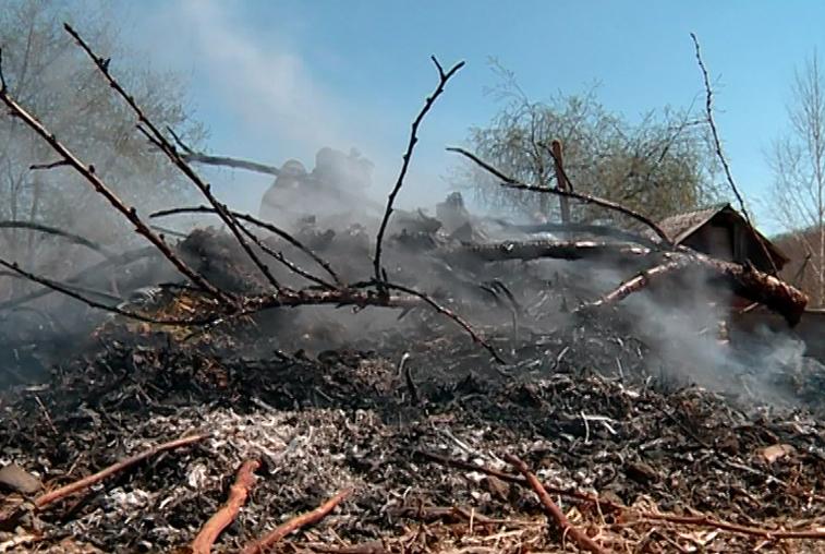 Губернатор Приамурья объявит благодарности тем, кто сообщит о поджигателях
