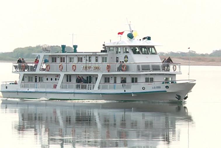Пассажирские теплоходы начали движение между Благовещенском и Хэйхэ 5 мая