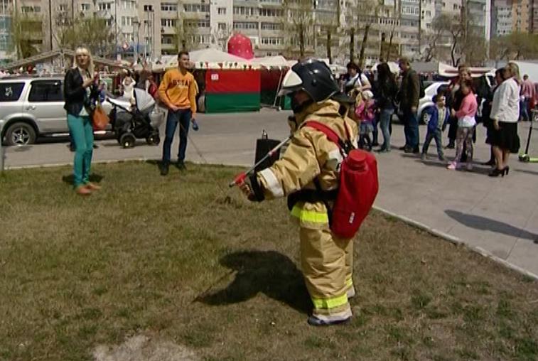 Против поджогов сухой травы выступили активисты на площади ОКЦ Благовещенска