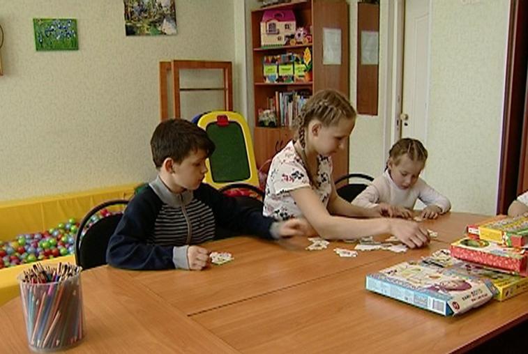 «Счастье каждому»: дружная троица – Вика, Юля и их брат Вадим