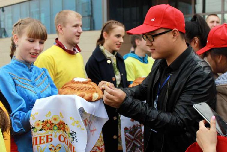 Более 120 китайских и амурских студентов вновь объединил слёт «Мир, где нет чужих»
