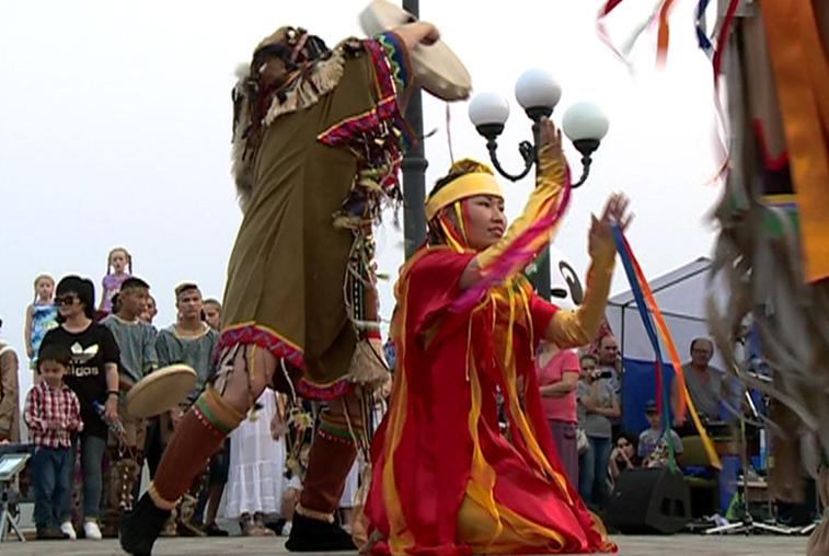 Более 800 мастеров и артистов примут участие в Российско-китайской ярмарке культуры и искусства