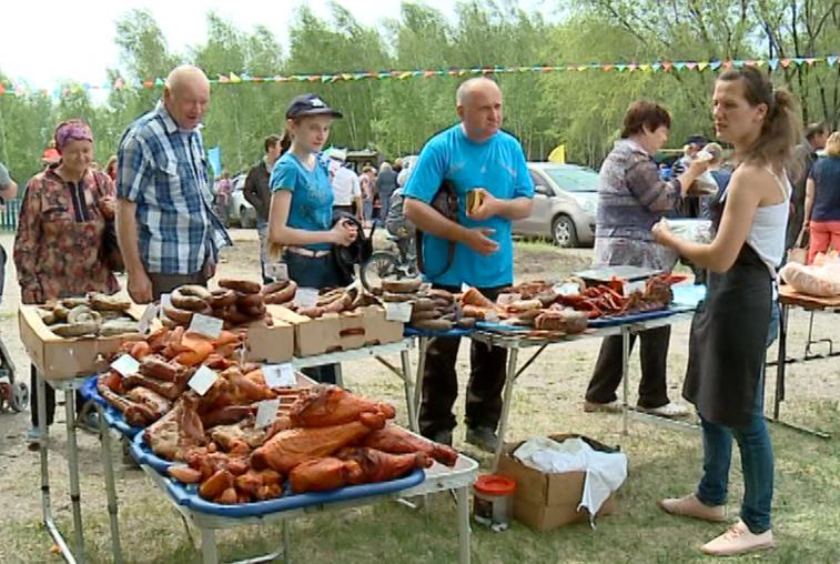 Дань традициям: Казачья ярмарка вновь собрала амурчан в Грибском