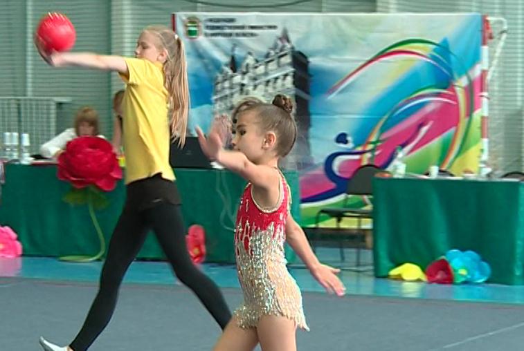 «Амурская радуга» объединила сильнейших гимнасток Приамурья и соседних регионов