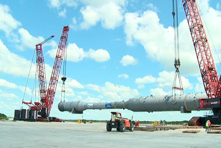 Временный причал Амурского ГПЗ принял установку для разделения природного газа
