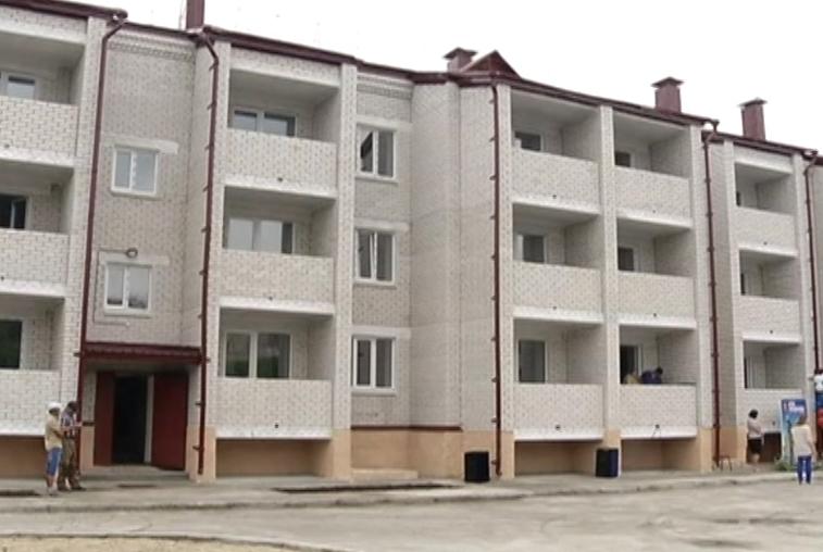 Более 100 амурских сирот получат жилье в 2018 году