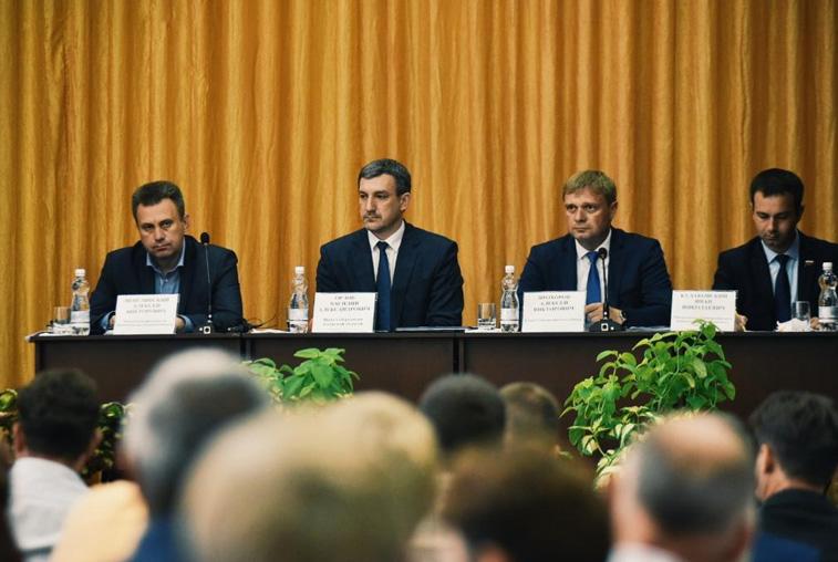 Здравоохранение, ремонт дорог и работа с населением: губернатор Приамурья побывал в Сковородинском районе