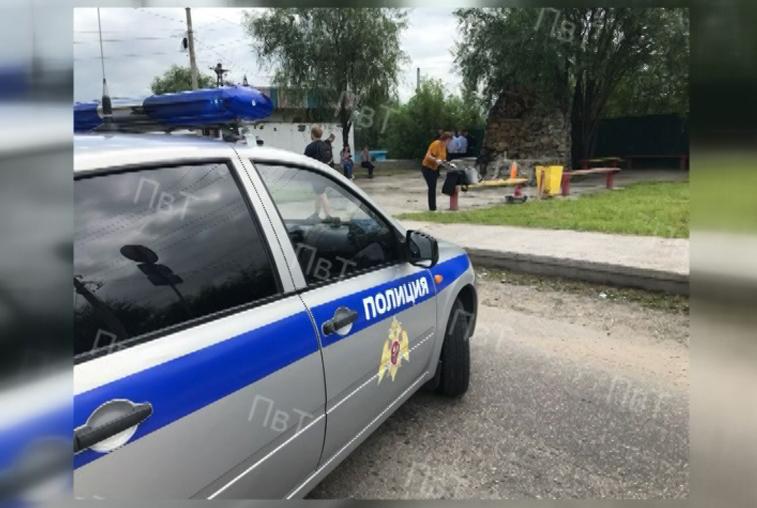 Тындинские полицейские применили оружие против дебошира с мачете