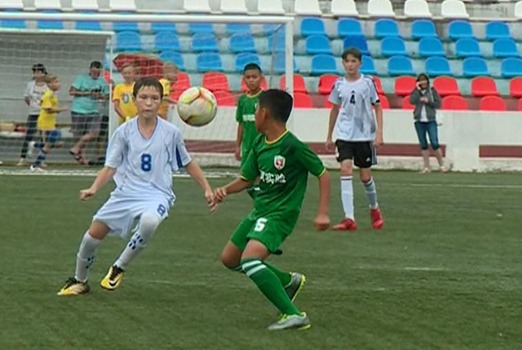 Юные футболисты из Приамурья и Китая сразились в Благовещенске