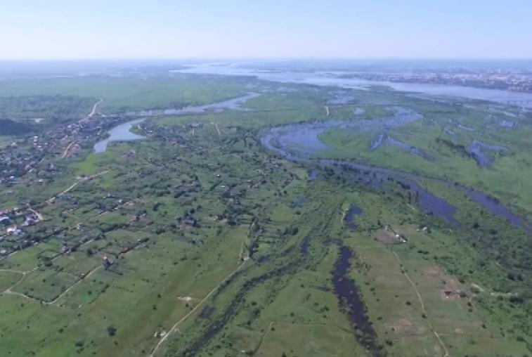 Гребень паводка по Амуру проходит на участке Константиновка — Поярково