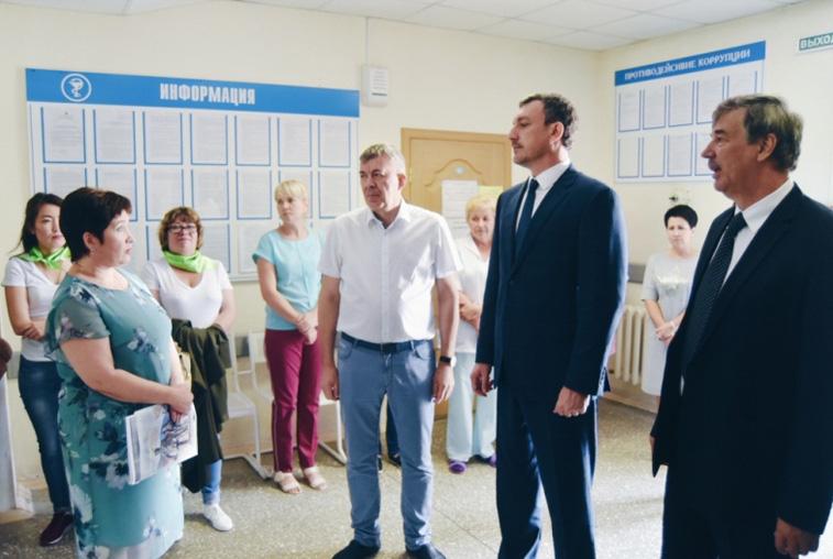 Молодым врачам в Шимановске предоставят выплаты из бюджета и жильё