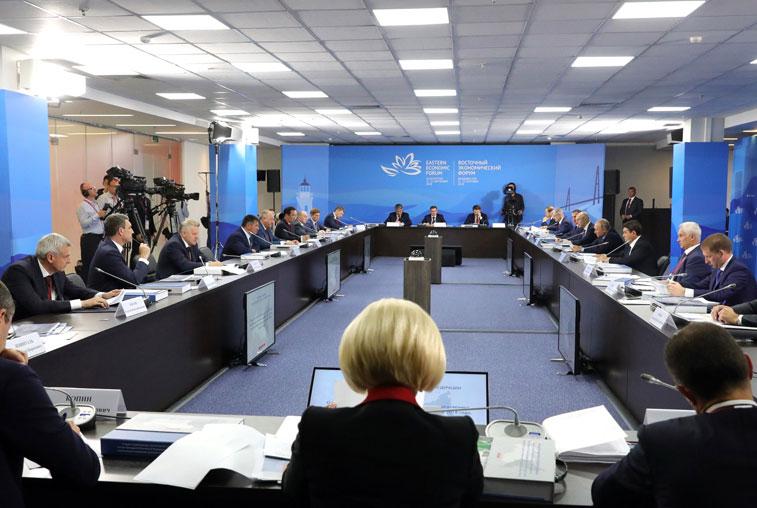 Василий Орлов заявил о необходимости новой оценки состояния амурских дорог