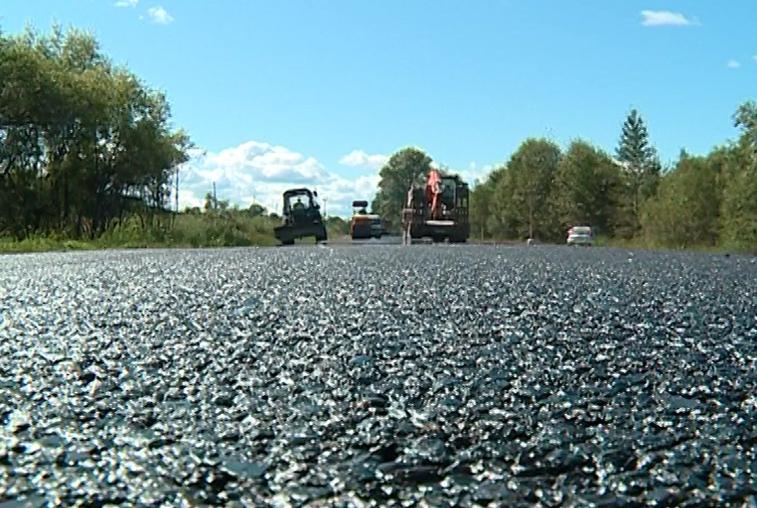 Проблемные участки дорог в некоторых районах Приамурья отремонтировали досрочно