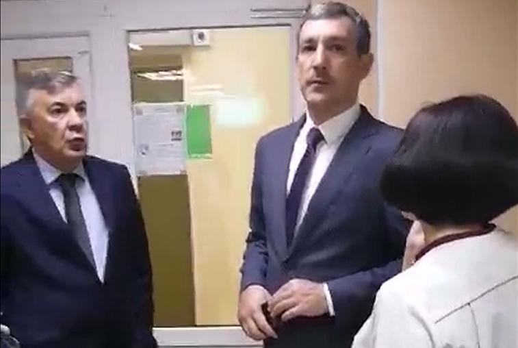 Василий Орлов с проверкой посетил 5 поликлиник Благовещенска