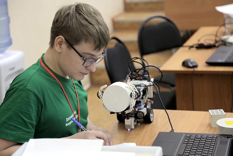 В октябре на базе АмГУ пройдёт первый в Приамурье хакатон
