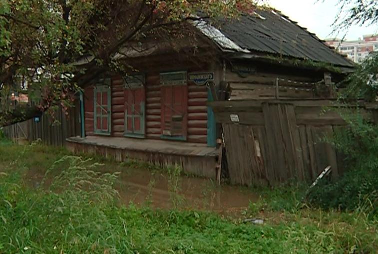 Жильцы нескольких благовещенских частных домов страдают от регулярных подтоплений