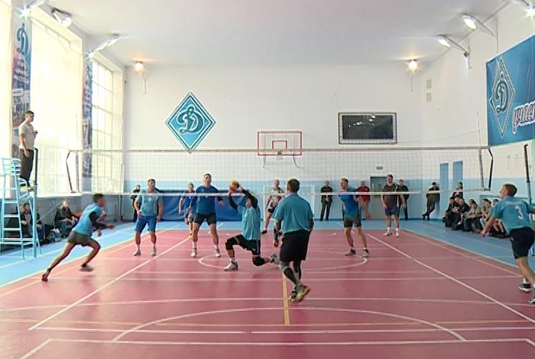 Лучших волейболистов среди представителей силовых структур определяют в Приамурье