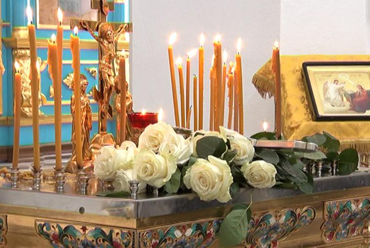 Панихида по погибшим в Керчи состоялась в кафедральном соборе Благовещенска